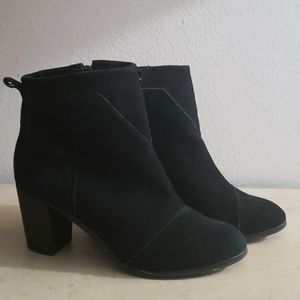 Toms Women's Black Suede Ankle Boots